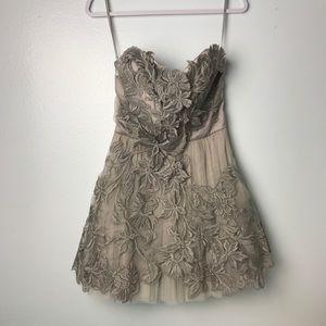 NWT Karen Mullen Gray Tulle Strapless Floral Dress